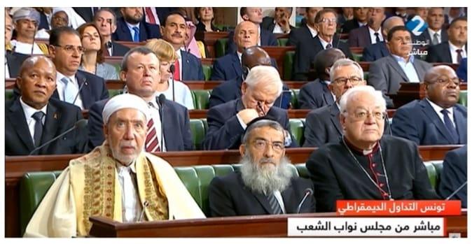 """قيس سعيد : """"سنواصل حماية اليهود بتونس """""""