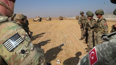الجيش التركي يعزز مواقعه شمال سوريا