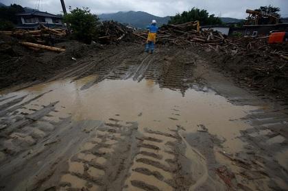 الصين تحذر من انهيارات طينية