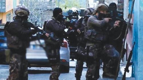 اعتقال 100 إرهابي خططوا لعمليات داخل تركيا