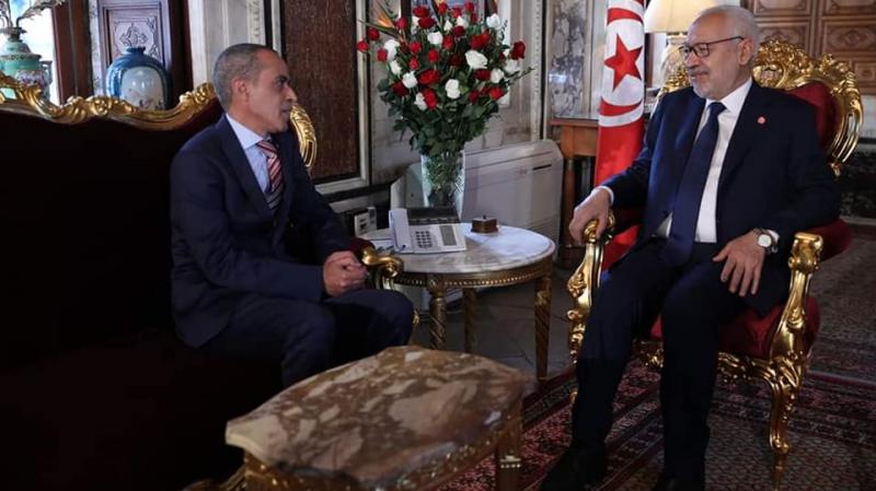 رئيس مجلس نواب الشعب يستقبل السفير الجزائري