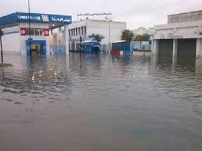 تراكم المياه بمحطة تونس البحرية
