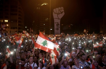 مقتل شخص خلال موجة جديدة من الاحتجاجات في لبنان