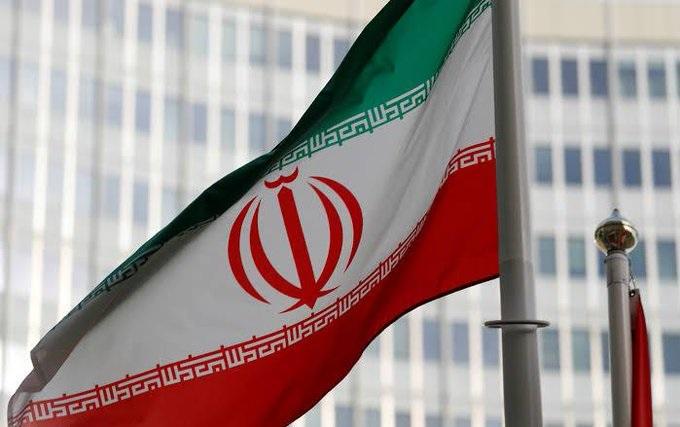 إيران تستدعي سفير سويسرا