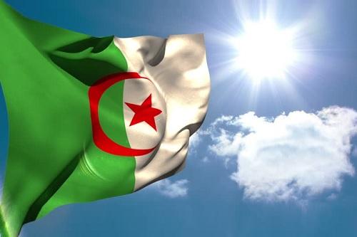 الادعاء الجزائرى يطلب السجن 20 عاما لرئيسى حكومة سابقين