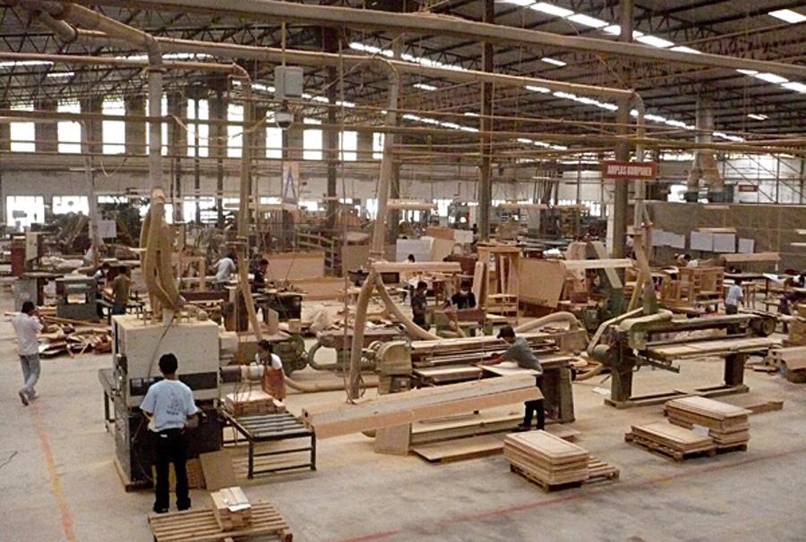 ارتفاع قيمة صادرات الخشب و التأثيث سنة 2019