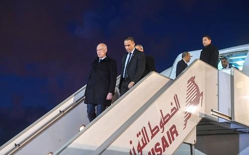 تنقل قيس بطائرة الخطوط التونسية: الناقلة الوطنية توضح