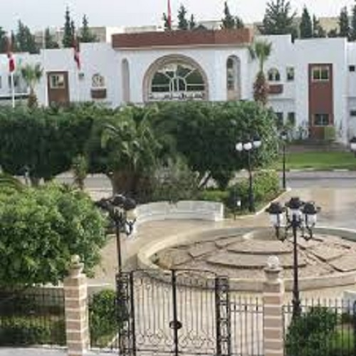 اقامة مصابين بفيروس كورونا بنزل في الجهة: بلدية حمام الشط تندد
