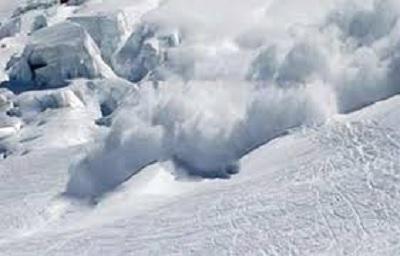 مقتل 57 شخصا في انهيارات جليدية بباكستان