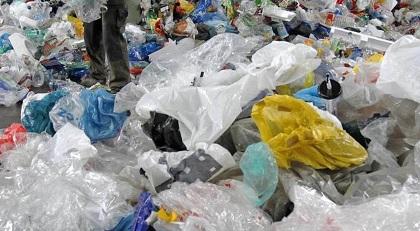 """بداية من شهر مارس:""""منع استعمال هذه الأنواع من الأكياس البلاستيكية """""""