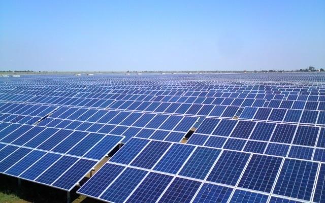 """اختيار مجمع """"انجي"""" و""""ناريفا"""" لانجاز محطة الطاقة الشمسيّة بقفصة"""