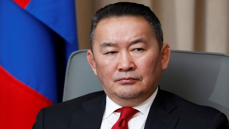 وضع الرئيس المنغولي في الحجر الصحي بعد عودته من الصين