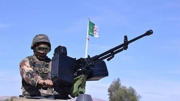 الجزائر: مقتل عسكري في هجوم انتحاري على ثكنة