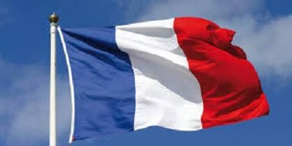 """فرنسا تقرر إغلاق مدرستين بسبب """"كورونا"""""""