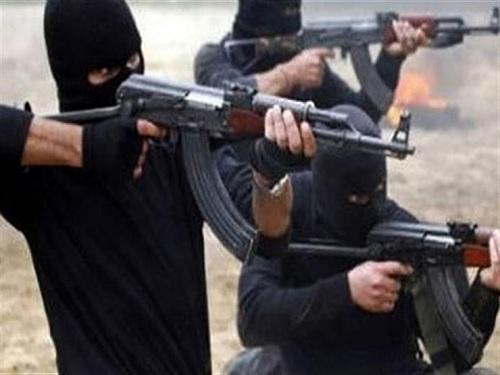 هجوم مسلح على ملعب ومقهى يودي بحياة 3 عراقيين