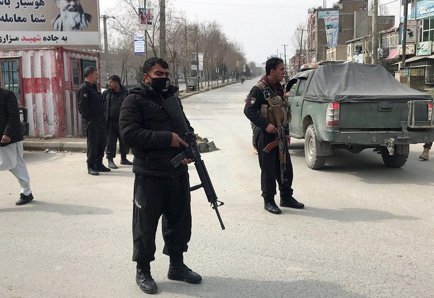 هجوم يوقع عشرات القتلى في احتفالية بأفغانستان