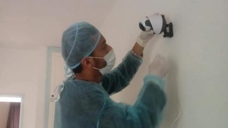 مستشفى قبلي: كاميرات للتواصل بين الإطار الطبي والمصابين بكورونا