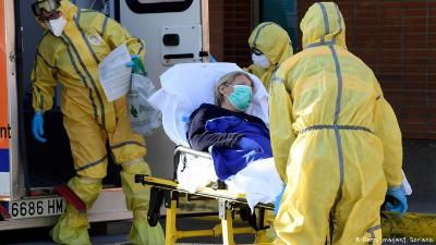 اسبانيا: أكثر من 12 ألف عامل في مجال الصحة مصابون بكورونا