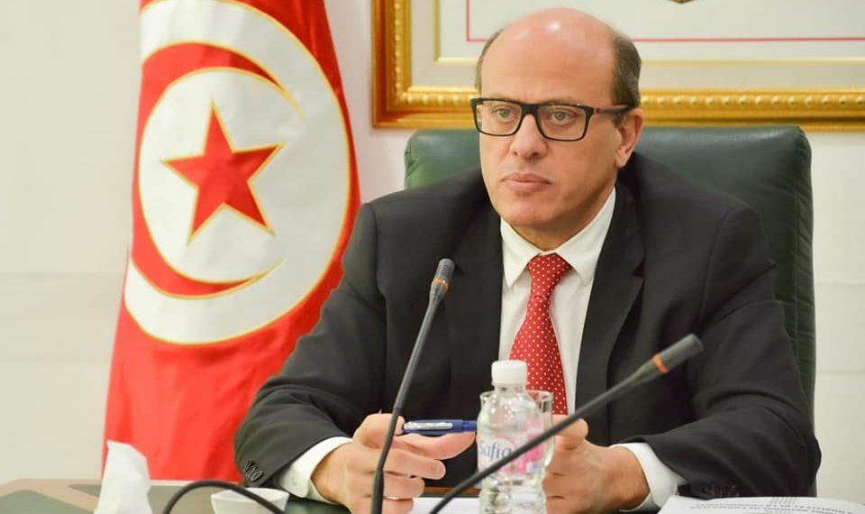كورونا: وزير الصناعة يدعو هذه المؤسسات إلى التوقّف عن النشاط
