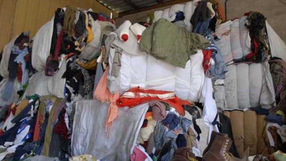 صفاقس: بلدية قرمدة تمنع بيع الملابس المستعملة