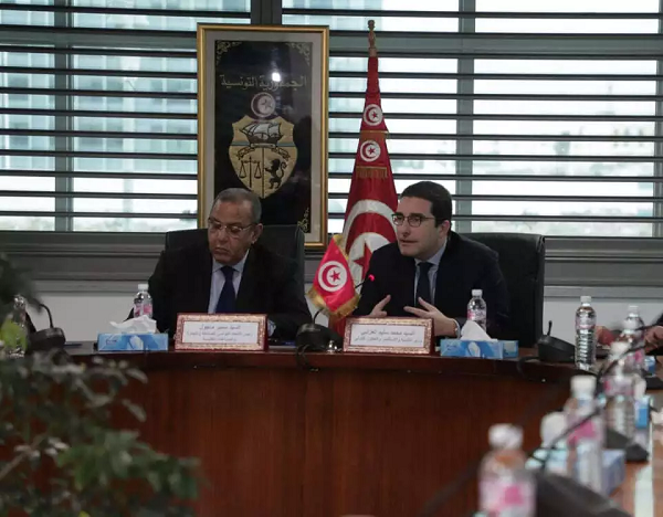 وزير التنمية يجتمع برئيس منظمة الاعراف
