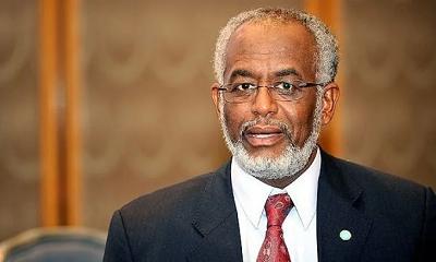 السودان يأمر بالقبض على وزير الخارجية السابق علي كرتي