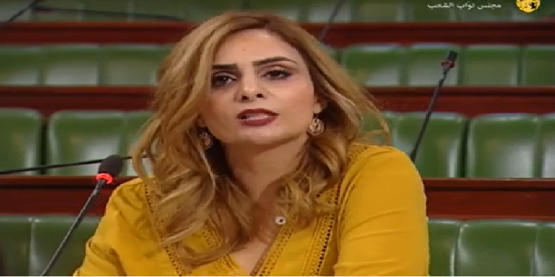 أميرة شرف الدين: تم اختراق حسابي ومتمسكة بإستقالتي من قلب تونس