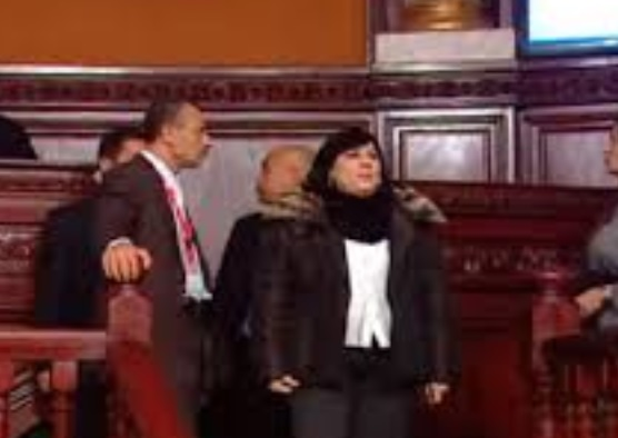 البرلمان: رفع شعار 'ديغاج' ضد عبير موسي