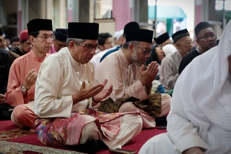 سنغافورة تغلق مساجدها لمنع انتشار فيروس كورونا