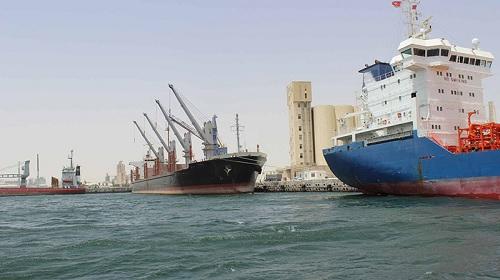 """ميناء قابس :""""تعميم المراقبة الصحية على كافة السفن التجارية """""""