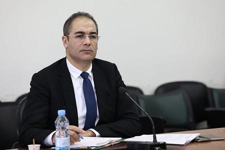 """نزار يعيش: """"الموازنات المالية للدولة تمرّ بوضعية صعبة"""""""