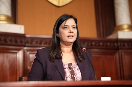 سميرة الشواشي تدعو الى تعديل النظام الداخلي للبرلمان