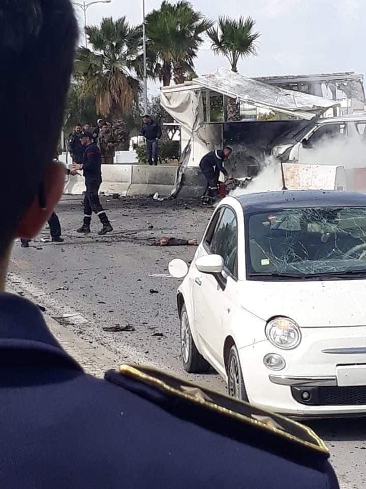 تفاصيل التفجير الارهابي قرب السفارة الأمريكية