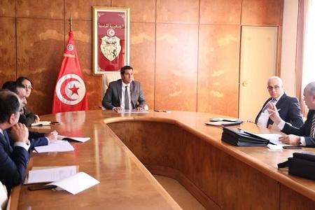 وزير النقل يطلع على مكونات مشروع توسعة مطار تونس قرطاج الدولي