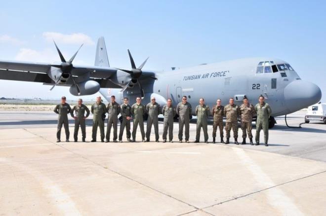 اليوم: وصول الطائرة العسكرية المحملة بمستلزمات طبية القادمة من الصين