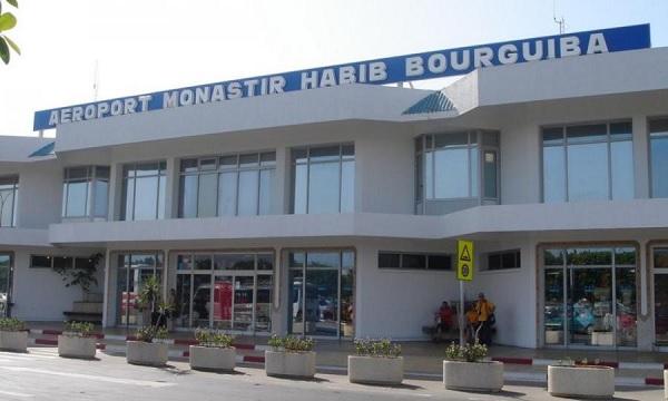 المنستير: وصول طائرة على متنها 151 تونسيا كانوا عالقين في فرنسا