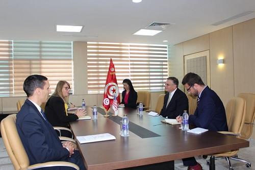 وزيرة العدل تستقبل سفير الولايات المتحدة الأمريكية بتونس