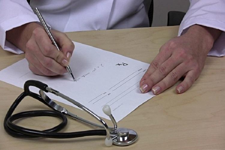 بقرار حكومي ..الوصفات الطبية ستصبح الكترونية مع اعتمادها بالصيدليات