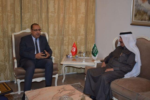 وزير الداخلية يستقبل سفير المملكة العربية السعودية بتونس