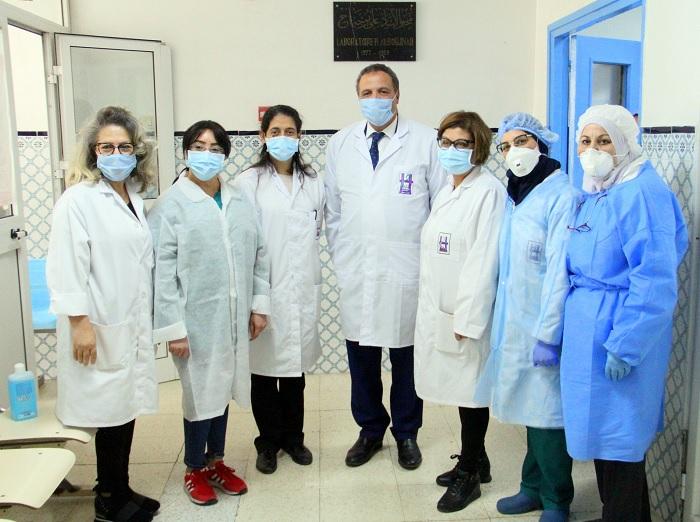 وزير الصحة يكرم العاملين بمخبر التحاليل الجرثومية بشارل نيكول(صور)