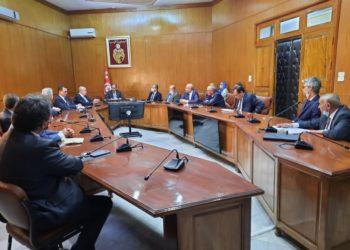 اتفاق لتعبئة قرض بالعملة الصعبة ب 1180 مليون دينار لدى بنوك تونسية