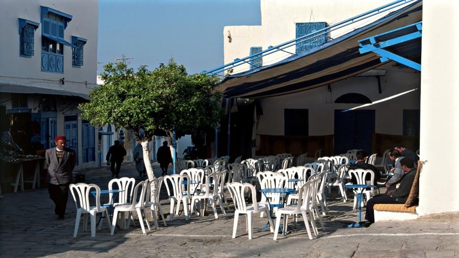 المقاهي والمطاعم ستفتح أبوابها بداية من هذا التاريخ