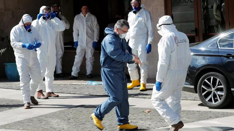 فرنسا تسجل تراجعا في وتيرة إصابات كورونا