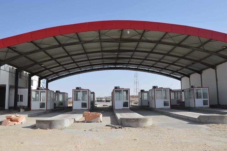 كانوا عالقين في ليبيا: عودة أكثر من 100 تونسيّ عبر معبر ذهيبة