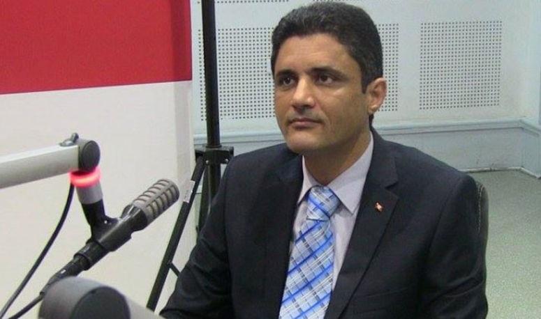 """حسونة الناصفي: أجهزة أجنبية تعتبر الأراضي التونسية """"مستباحة"""""""
