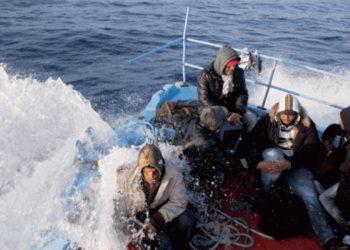 ليبيا تحبط محاولة قرابة 400 مهاجر الوصول إلى أوروبا