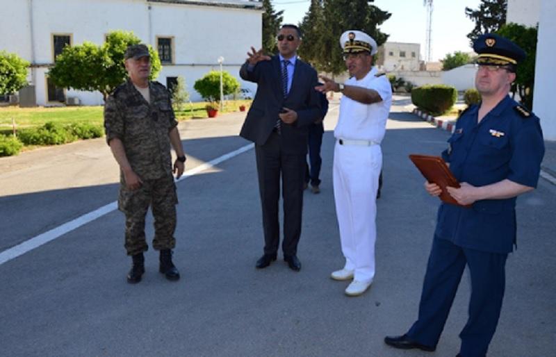 وزير الدفاع في زيارة إلى القاعدة العسكريّة ببرطال حيدر