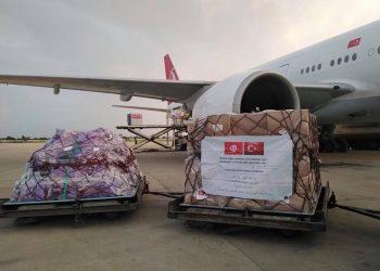 وصول شحنة من المساعدات الطبية قادمة من تركيا (صور)
