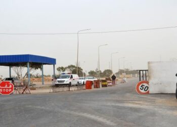 إجراءات استثنائية لفتح الحدود مع ليبيا والجزائر