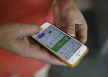 تطبيقة ذكية لمتابعة المصابين بفيروس كورونا
